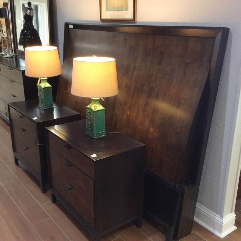 This handsome KING set by LEGACY is in fairly good condition. The tops of the ELECTRIC nightstands show the most wear. This set features solid wood construction and includes the sleigh style headboard, a footboard and rails, 2 nightstands and a dresser with mirror. GREAT DEAL AT ONLY $1095 for the set!