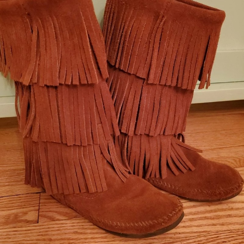 Minnetonka Fringe, Brown, Size: 7 Women