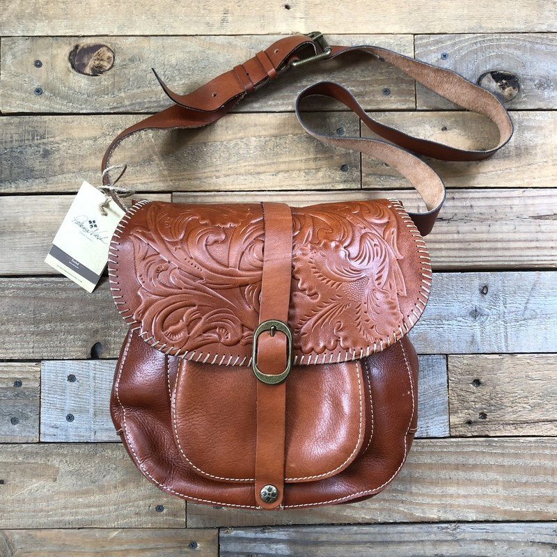 "Patricia Nash Leather Handbag<br /> Color: Brown<br /> Size: 11"" x 11"" x 5"""