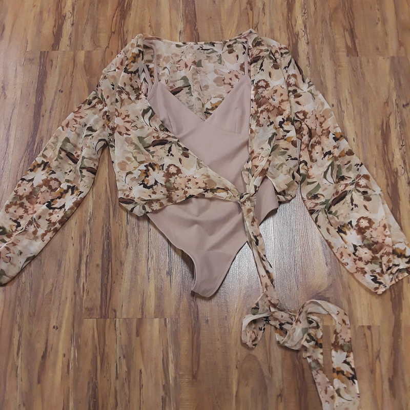 Wilfred Bodysuit, Floral, Size: M