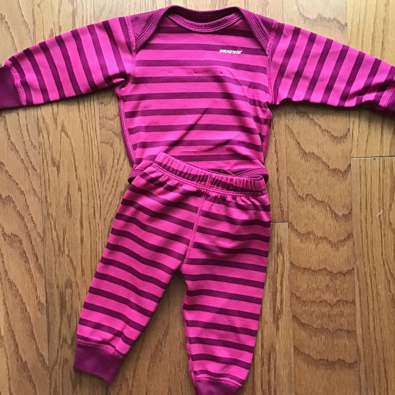 Patagonia 2pc Outfit, Pink, Size: Nb<br /> <br /> Tagged as 0 month<br /> <br /> Light pilling<br /> <br /> ALL ONLINE SALES ARE FINAL.