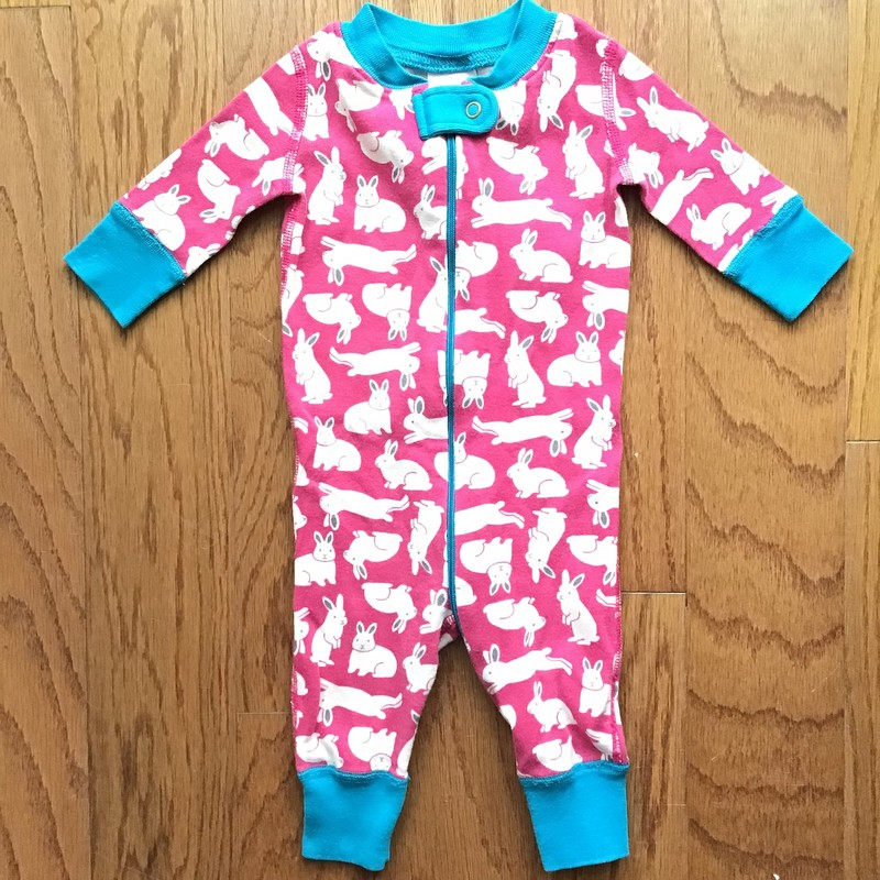 Hanna Andersson Sleeper, Multi, Size: 0-6m<br /> <br /> <br /> <br /> ALL ONLINE SALES ARE FINAL.