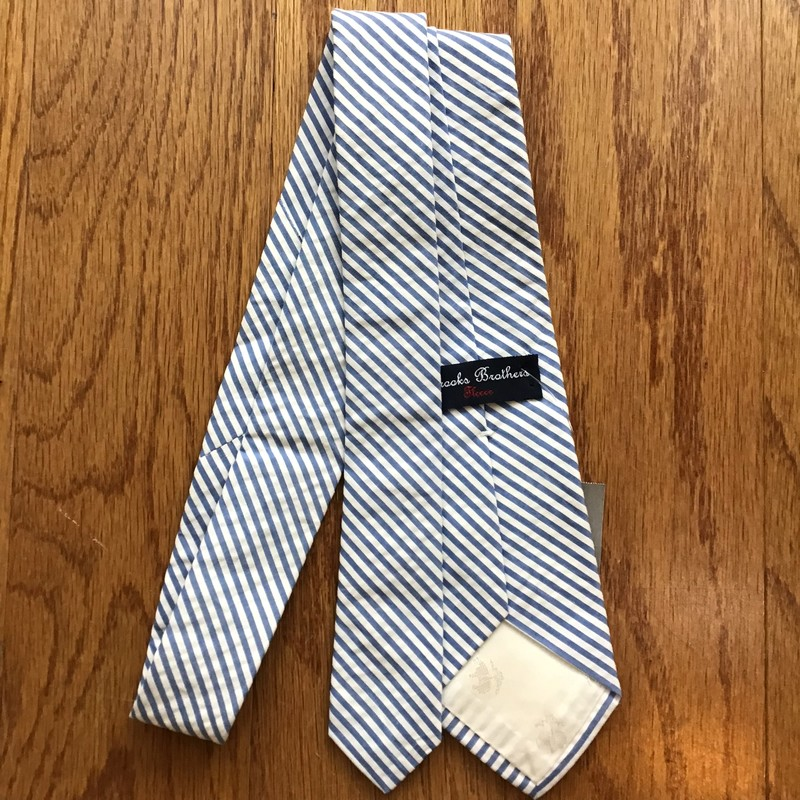 Brooks Brothers Tie, Blue<br /> <br /> <br /> ALL ONLINE SALES ARE FINAL. NO RETURNS OR EXCHANGES.