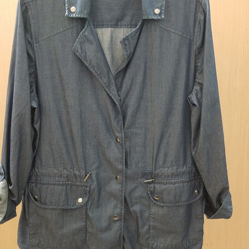 Beautiful utility shirt<br /> Chico's size 2 or a medium<br /> Front snap pockets and a cinch type waist
