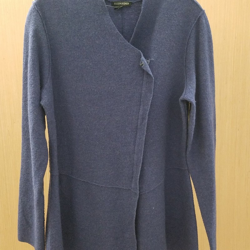 Off center zip up cardigan<br /> 100% merino wool