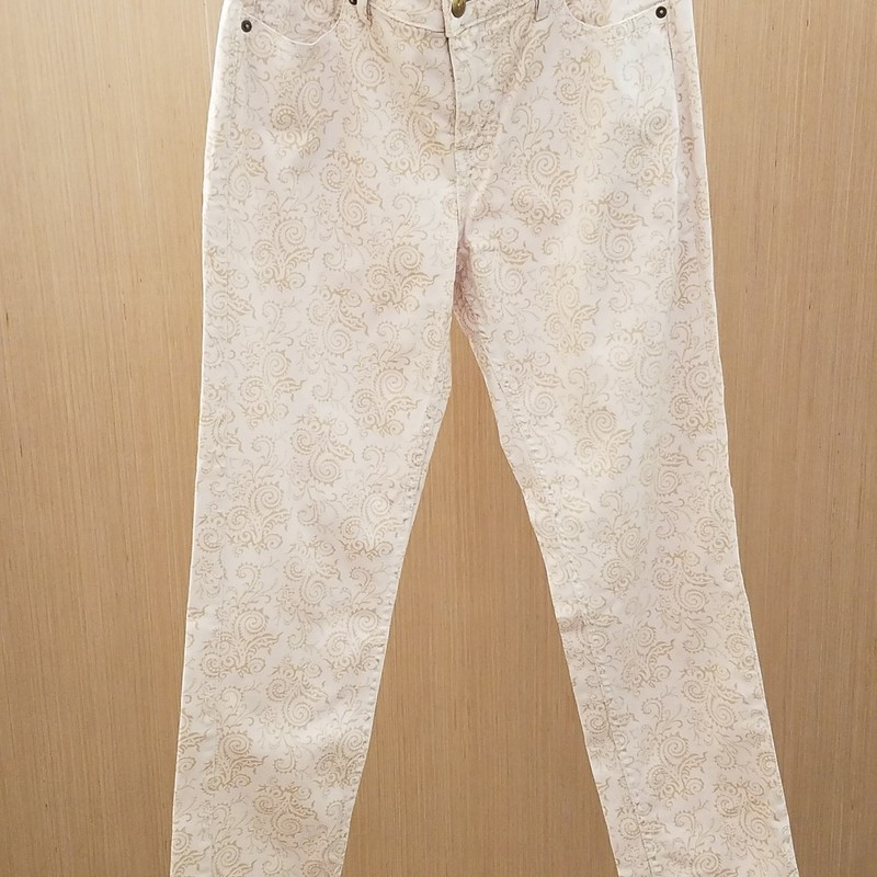 Super cute tan printed jeans in excellent new condition.