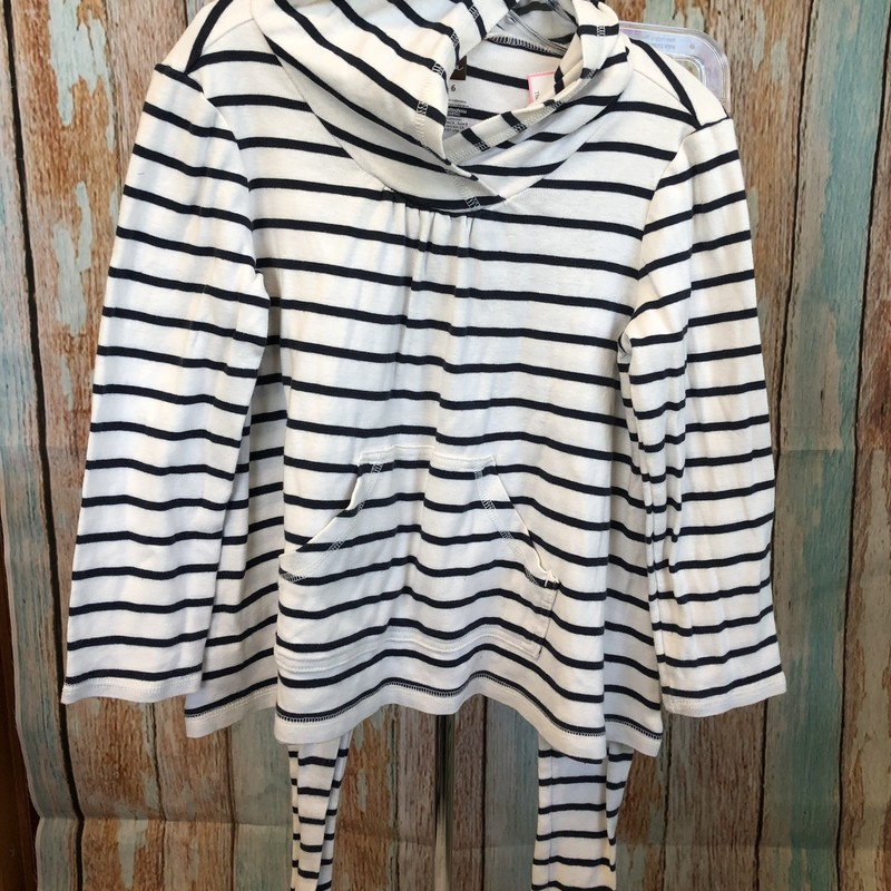 Tea 2 piece outfit.  Long sleeve. longer top with hood and long pocket with matching striped leggings.