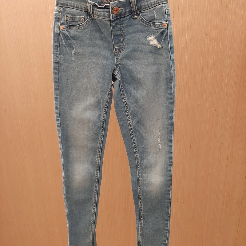 Justice denim blue distressed mid rise Jeggings are girls size 12 slim. Jeggings have belt loops, rivets, 2 back pockets and faux front pockets.