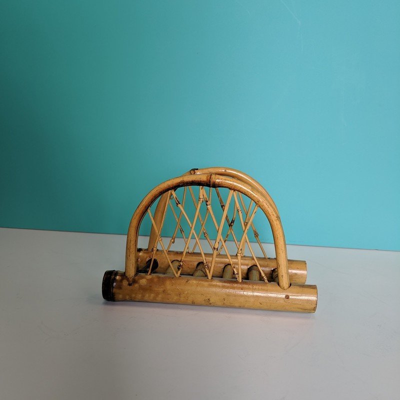 Bamboo Napkin Holder<br /> Natural<br /> Size: 6.5x4