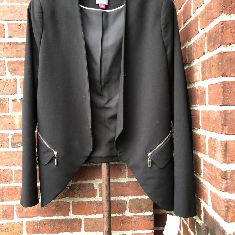 Vince Camuto Open Jacket, Black, Size: 8<br /> Gold zippered pockets. Amazing!!