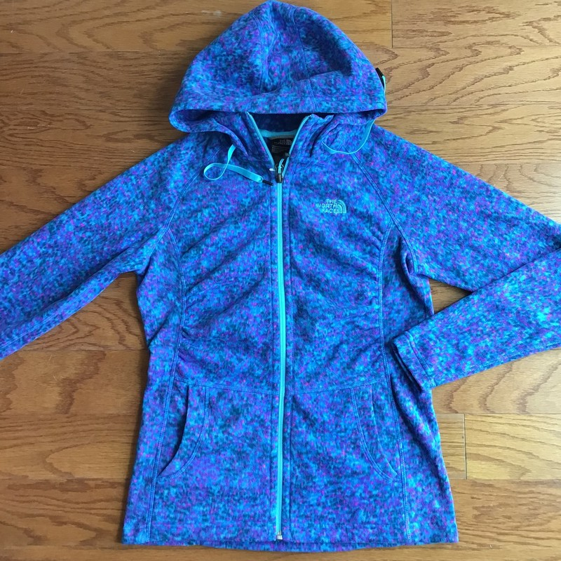 North Face Zip Up NWOT, Blue, Size: Small<br /> <br /> <br /> Womens size. New without tag<br /> <br /> <br /> ALL ONLINE SALES ARE FINAL. NO RETURNS OR EXCHANGES.