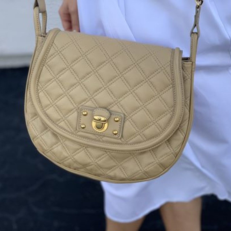 Marc Jacobs beige quilted crossbody
