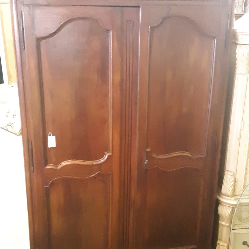 LARGE WOOD ARMOIRE, BROWN, Size: None