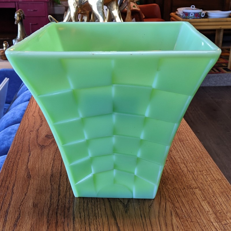 Jadeite Vase Large Deco<br /> Green<br /> Size: 8x8x8<br /> <br /> small chip on top of vase as best shown in picture