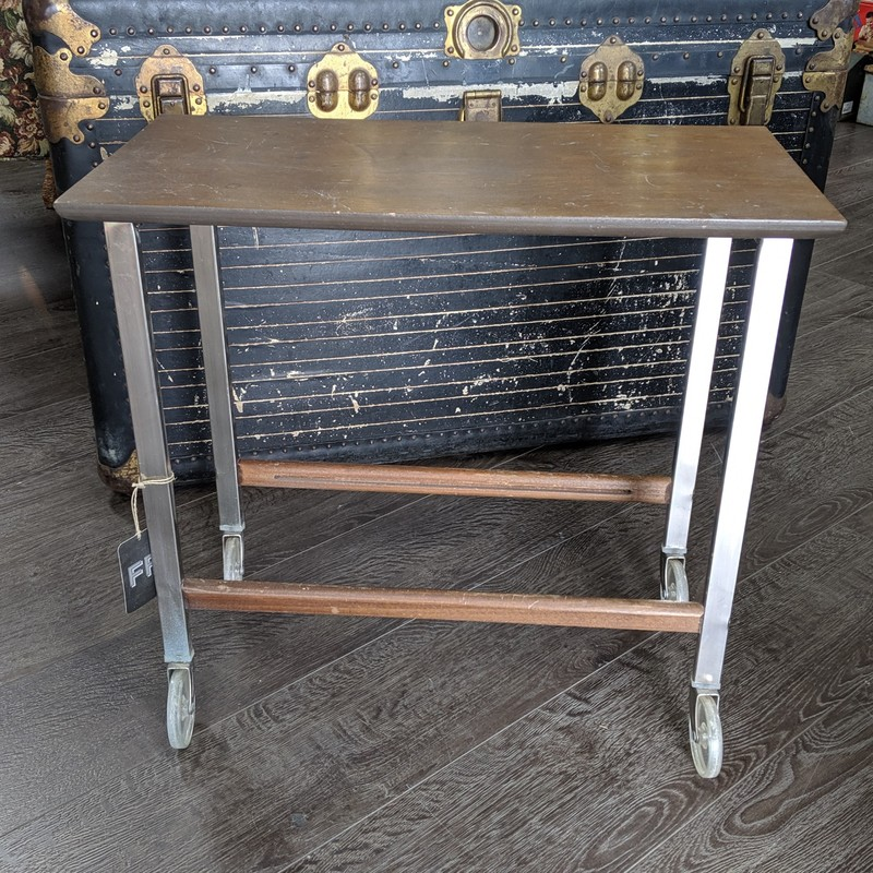 Cart Side Table<br /> Wooden<br /> Size: 12x24x21