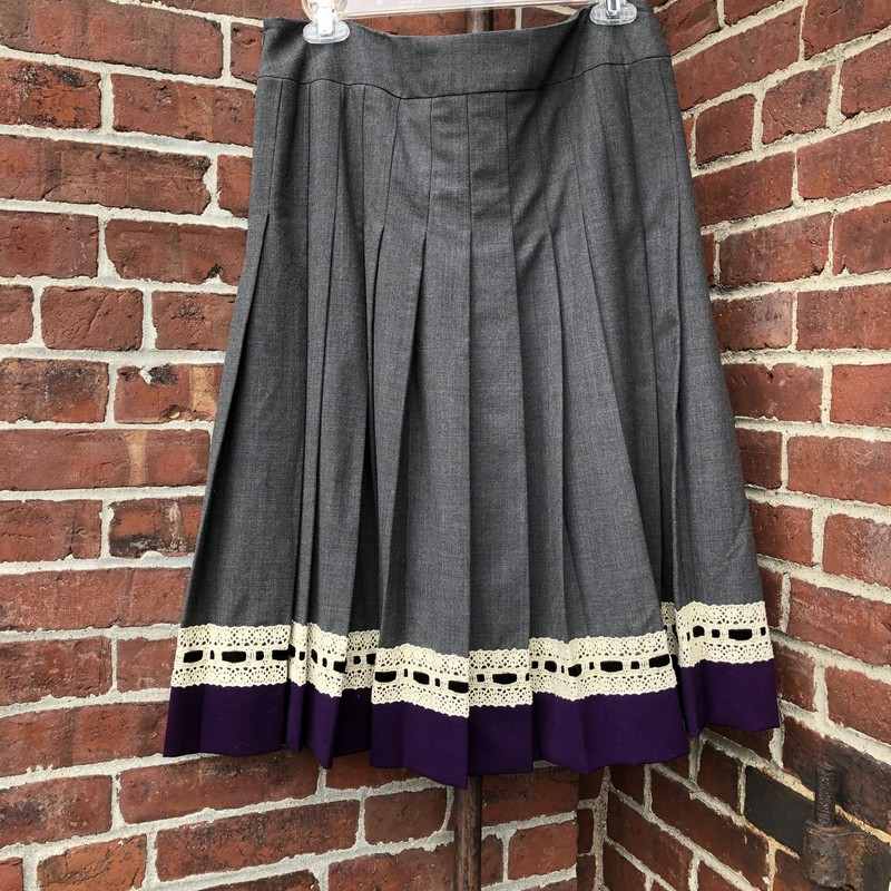 J. McLaughlin Skirt NWT, Gray, Size: 10<br /> Pair this will tall boots!