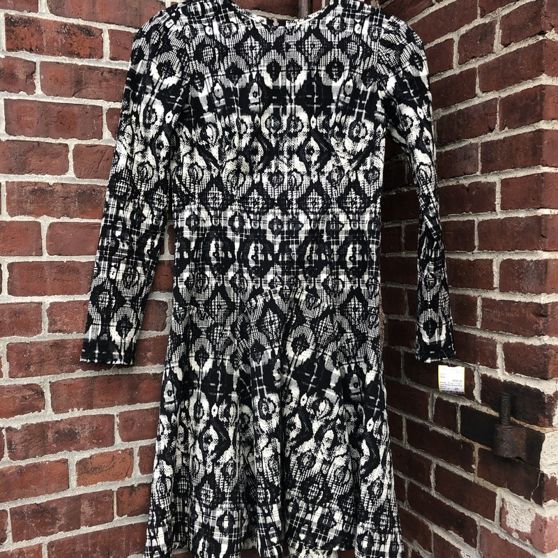Lela Rose Dress R $2500, Black, Size: 4<br /> Wear the brand of Dutches Meghan Markle!