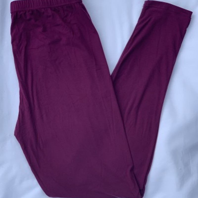 "Ladies we have all the leggings you need to get your fall wardrobe started. These are our wonderful buttersoft leggings with an elastic waist. 92 % Polyester 8% Spandex. Inseam 28""<br /> Wine"