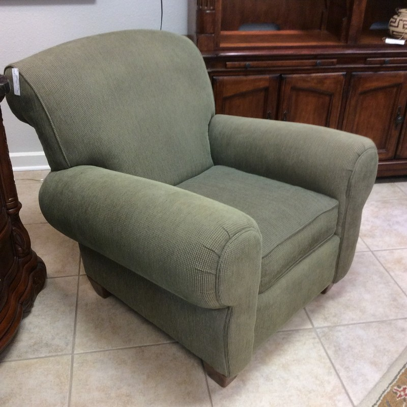 BARGAIN ALERT!! This CUSTOM arm chair is in fabulous condition! It's quite comfortable, too. If green will work in your house, this may be just the chair for you. Stop by and check it out! It's only $195!