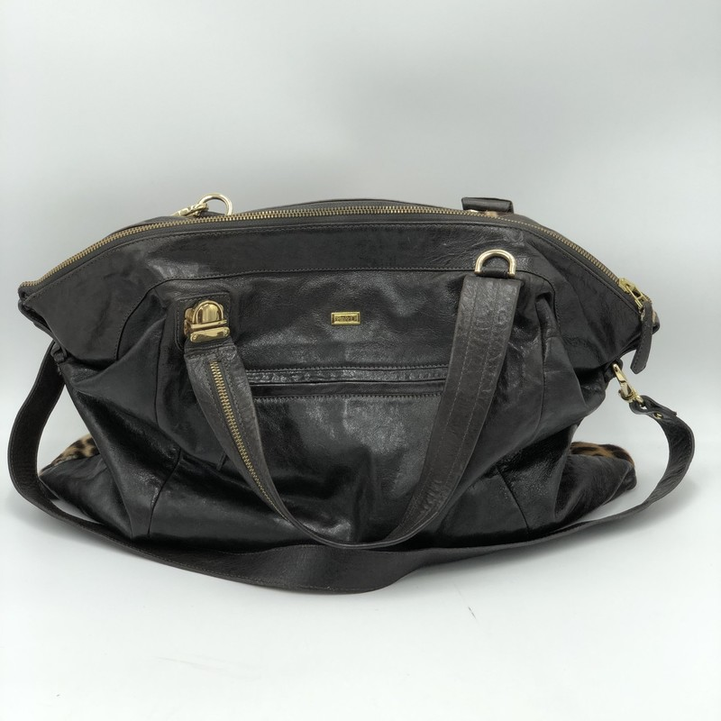 "Be&D Calf Hair Leather Shoulder Bag<br /> Brown, Size: NS<br /> <br /> Condition: Condition<br /> <br /> Dimensions: 16"" x 20"" x 1"" (H x W x D) + 17"" drop length"