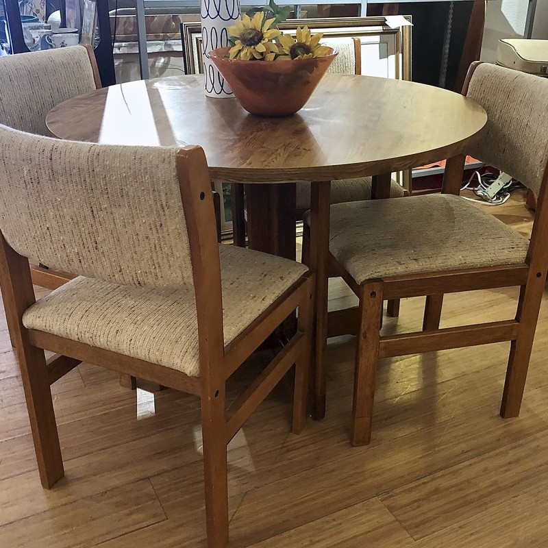 Table & Chairs Dining, MCM,  5 Pcs<br /> The right spot for dinner or the weekly card game.