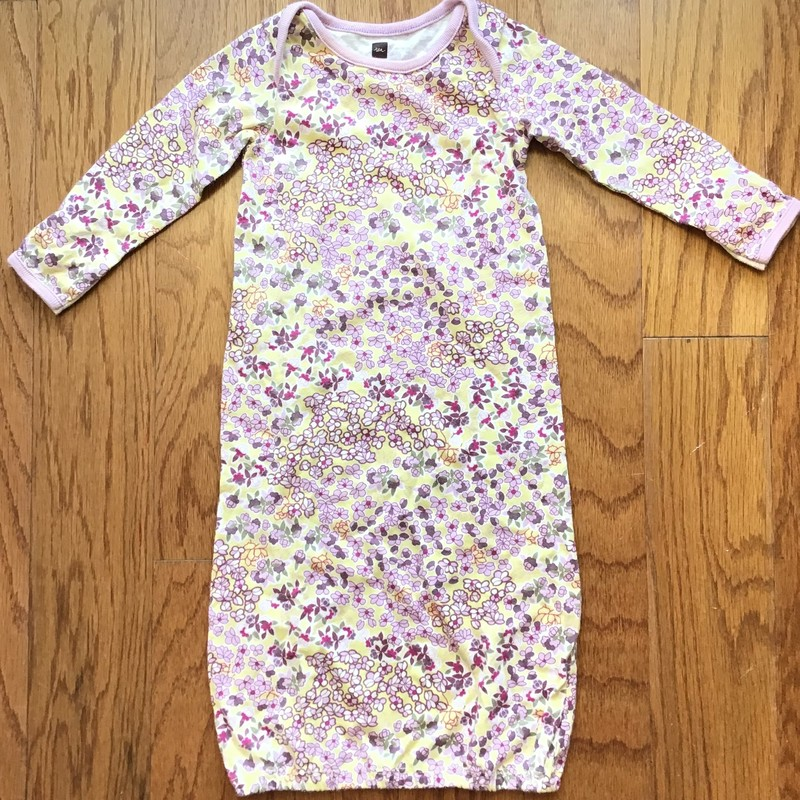Tea Collection Sleep Gown, Multi, Size: 3-6m<br /> <br /> <br /> ALL ONLINE SALES ARE FINAL. NO RETURNS OR EXCHANGES.