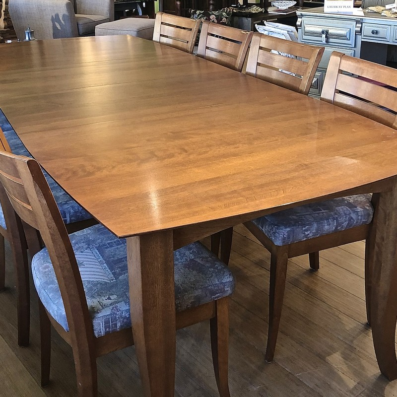 "Table 8-Chairs Dinec Furniture, 9 Pcs<br /> 2- 20"" Leaves<br /> Holiday feasting at its finest!"