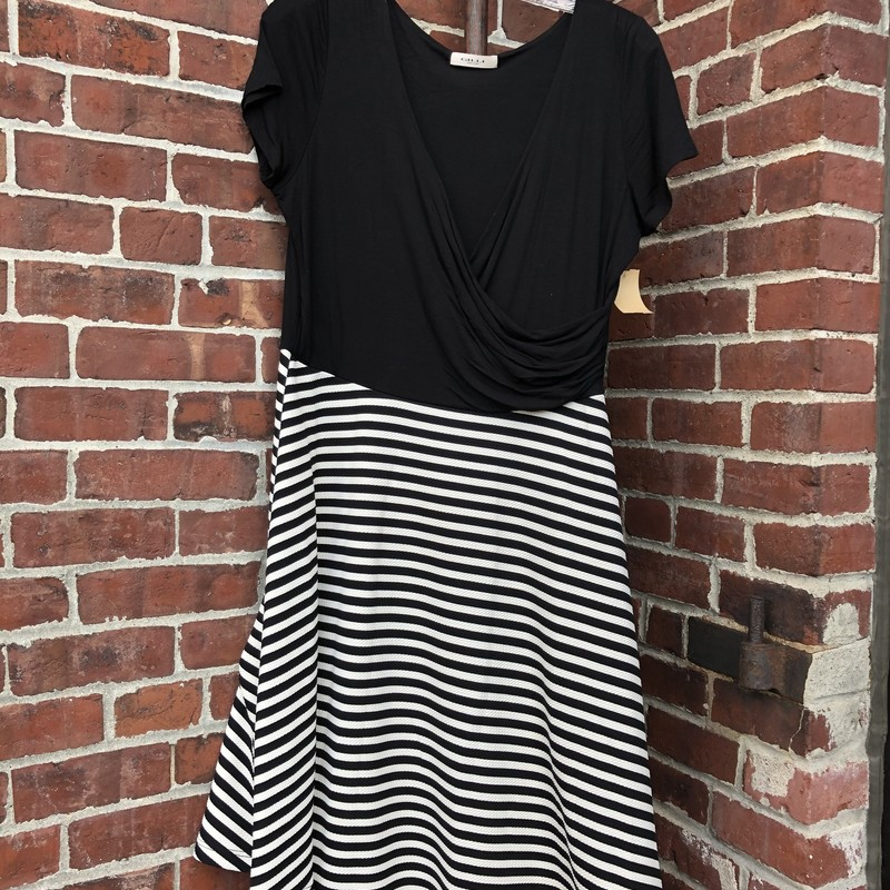 Gilli Dress, B/W, Size: Large