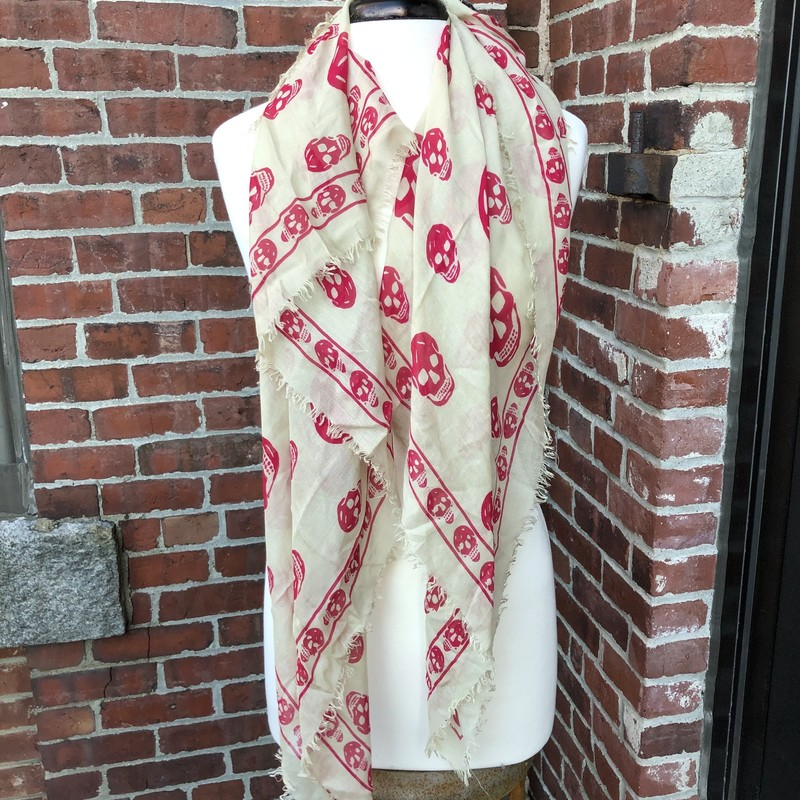 Alexander McQueen Scarf, Tan, Size: Square<br /> Skull woven scrf, recently dry cleaned. Excellent condition