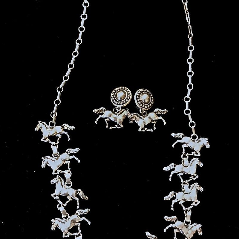 Necklace & Earrings. 925 horses