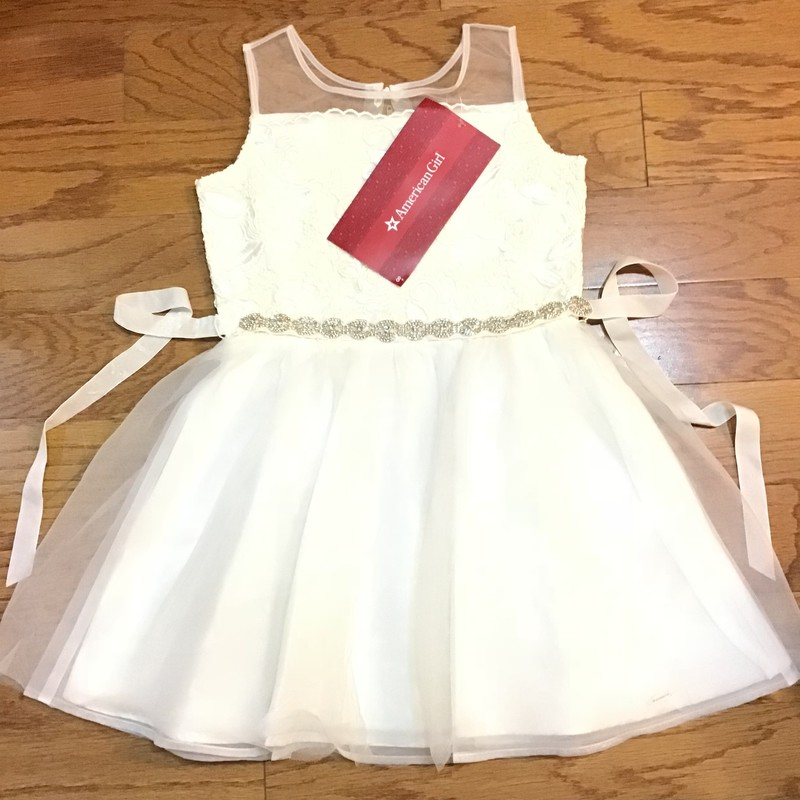 American Girl Dress NEW, Ivory, Size: 7<br /> <br /> <br /> BRAND NEW WITH $68 TAG<br /> <br /> <br /> ALL ONLINE SALES ARE FINAL. NO RETURNS OR EXCHANGES.