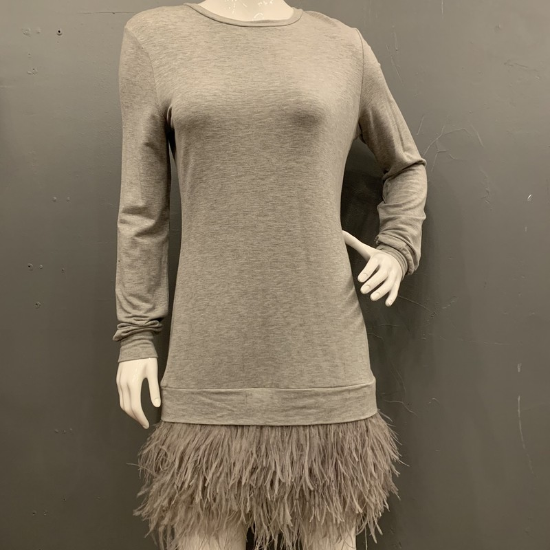 Haute Hippie Maribou Trim, Grey, Size: M<br /> <br /> 95% Rayon, 5% Polyurethane<br /> <br /> New With Tags<br /> Original Retail: $395