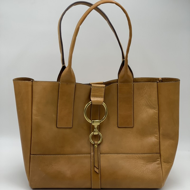 "Frye Ring Tote, Tan, Size: L<br /> <br /> condition: VERY GOOD<br /> <br /> 12""H x 14""W x 5.5""<br /> 9"" handle drop"
