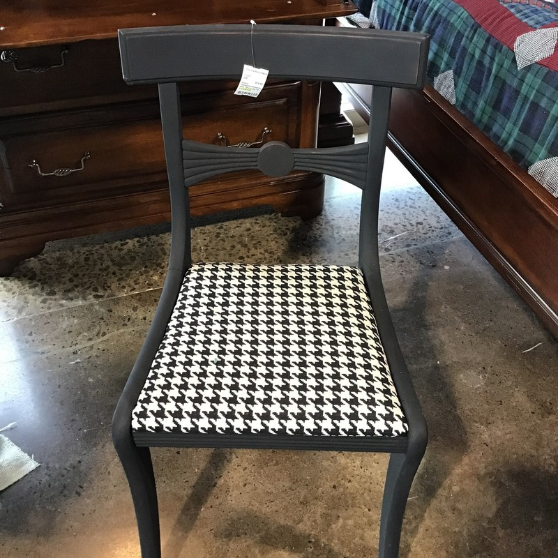 "This painted accent chair has been updated with Country Chic's paint and then reupholstered in a houndstooth black/white fabric.<br /> Dimensions are 18"" x 17"" x 33"""