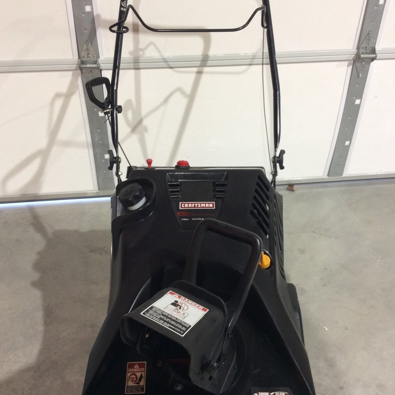 Craftsman 179cc Electric Start Single Stage Gas Powered Snow Blower with 21-Inch Clearing Width With Snow-Claw Auger.<br /> <br /> *NEVER USED*