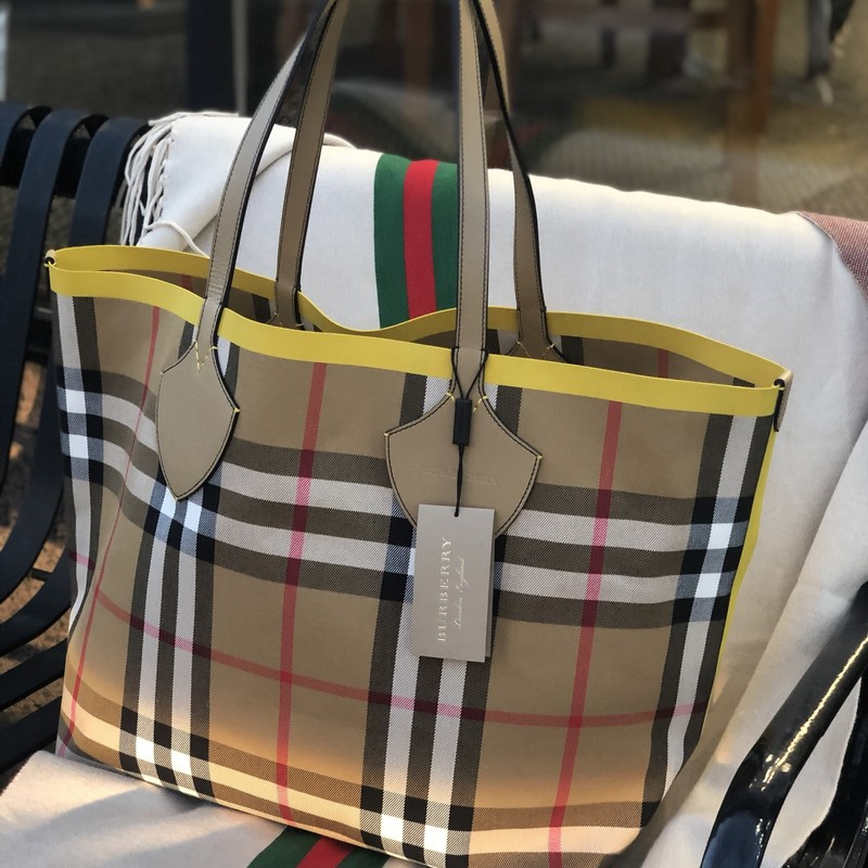 Burberry Giant NWT $1395, Yellow, Size: XLarge<br /> Spectacular Oversized Tote Bag Brand New with Tags