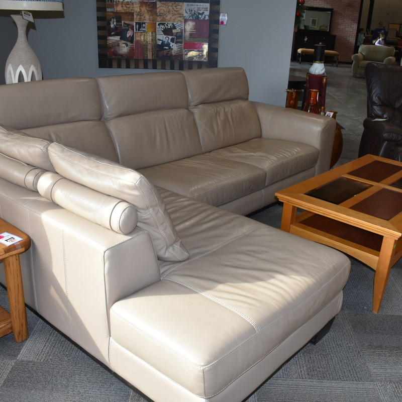 Leather 2pc. Sectional