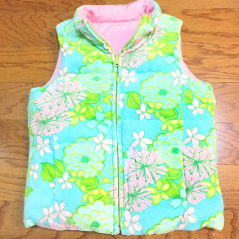 Lilly Pulitzer Vest, Blue, Size: 8-10<br /> <br /> <br /> ALL ONLINE SALES ARE FINAL. NO RETURNS OR EXCHANGES.
