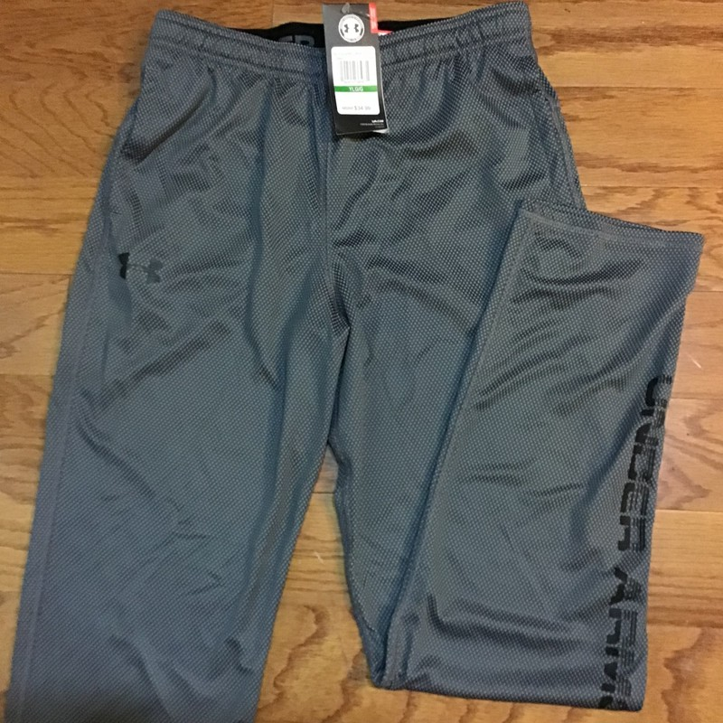 Under Armour Pant NEW, Gray, Size: Large<br /> <br /> BRAND NEW WITH $35 TAG<br /> <br /> ALL ONLINE SALES ARE FINAL. NO RETURNS OR EXCHANGES.
