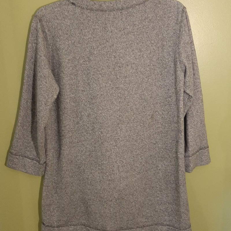 Soft surroundings 3/4 tunic top. Long tunic style sweatshirt with front kangaroo pocket and faux suede detail.