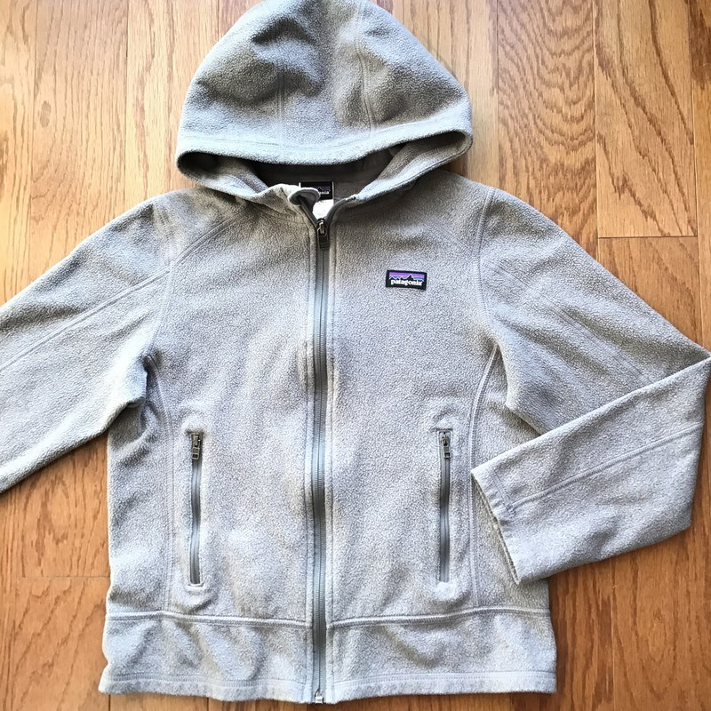 Patagonia Zip Up, Gray, Size: 12<br /> <br /> <br /> ALL ONLINE SALES ARE FINAL. NO RETURNS OR EXCHANGES.