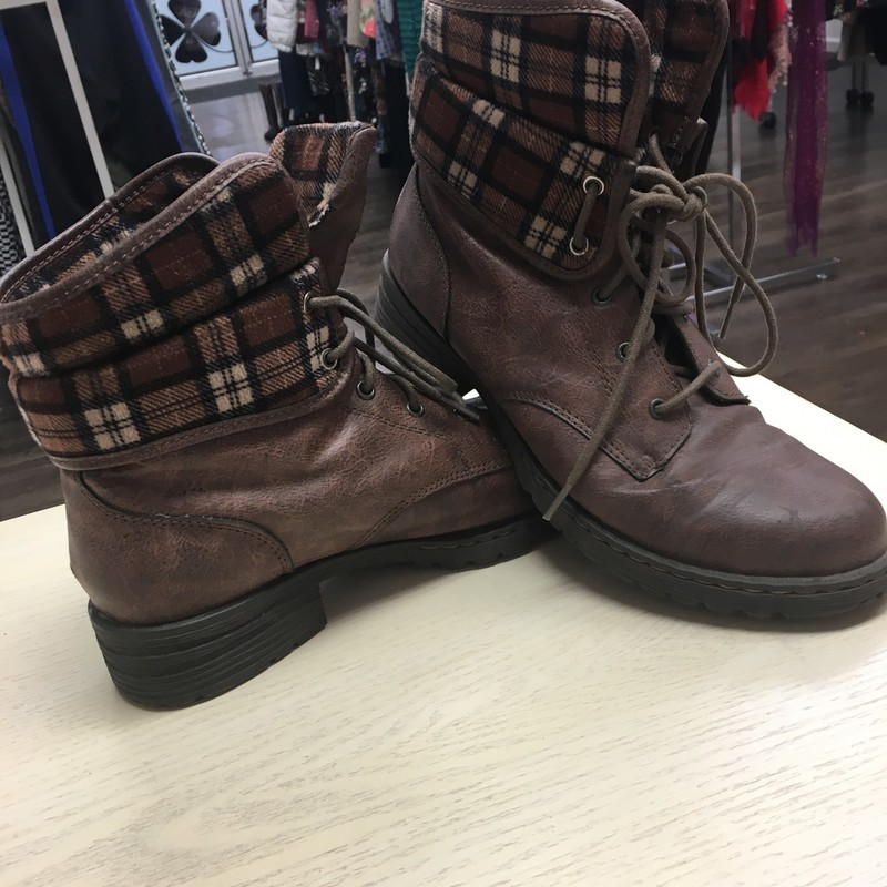 BOC Foldover Boots like new!, Brown, Size: 9