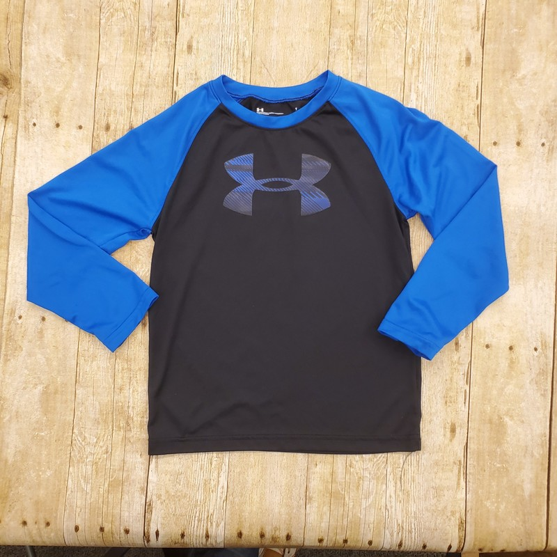 Size: 7 (Kids)<br /> Brand: Under Armour<br /> $6.99<br /> <br /> Cross posted, items are located at #PipsqueakResaleBoutique, payments accepted: cash, paypal & credit cards. Any flaws will be described in the comments. More pictures available with link above. Local pick up available at the #VancouverMall, tax will be added (not included in price), shipping available (not included in price), item can be placed on hold with communication, message with any questions. Join Pipsqueak Resale - Online to see all the new items! Follow us on IG @pipsqueakresale & Thanks for looking!<br /> <br /> Due to the nature of consignment, any known flaws will be described; ALL SHIPPED SALES ARE FINAL. All items are currently located inside Pipsqueak Resale Boutique as a store front, items purchased on location before items are prepared for shipment will be refunded.<br /> <br /> #resalerocks #underarmour #pipsqueakresale #vancouverwa #portland #reusereducerecycle #fashiononabudget #chooseused #consignment #savemoney #shoplocal #weship #shoplocalonline #resale #resaleboutique #mommyandme #minime #fashion #reseller #pipsqueak_boys_size7 #boys_size7 #boys_size_7