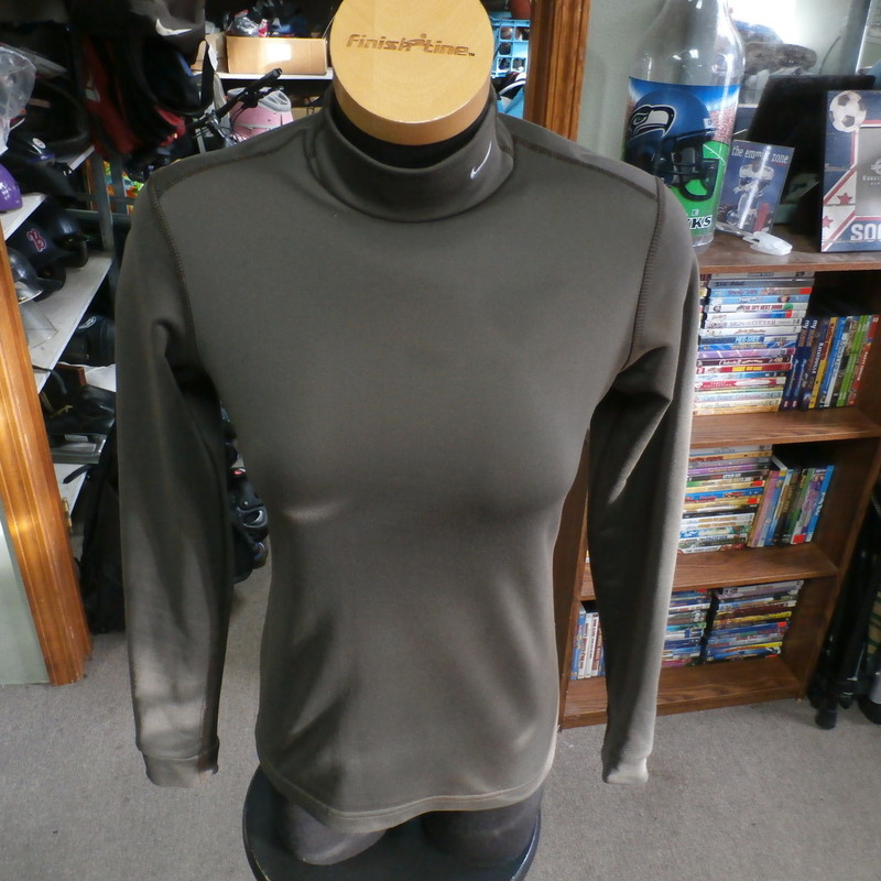 "Nike women's brown long sleeve athletic shirt size Medium polyester blend #7655<br /> Rating: (see below) 3- Good Condition<br /> Team: n/a<br /> Player: n/a<br /> Brand: Nike<br /> Size: Women's Medium- (Measured Flat: Across chest 18""; Length 24"")<br /> Measured Flat: underarm to underarm; top of shoulder to bottom hem<br /> Color: brown<br /> Style: long sleeve; embroidered<br /> Material: 89% polyester 11% spandex<br /> Condition: 3- Good Condition: minor wear from use and washing (see photos)<br /> Item #: 7655<br /> Shipping: FREE"