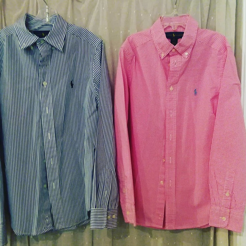 Ralph Lauren-Oxford,<br /> Pink checkered<br /> *Listing is for pink checkered only*<br /> <br /> Size: 10-12