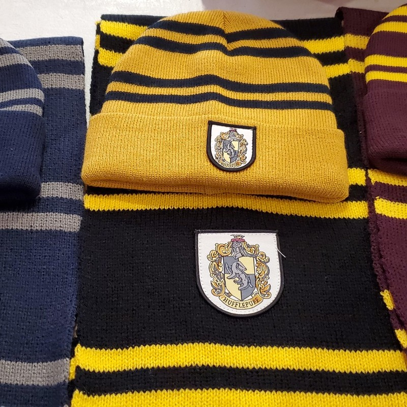 Harry Potter Hat and Scarf<br /> <br /> Please chooose from Ravenclaw, Hufflepuff, or Gryffindor