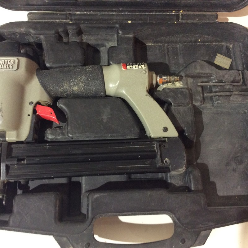 Porter Cable BN125A 18 Gauge Brad Nailer.<br /> <br /> *TESTED*