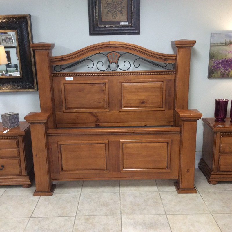 This WYNWOOD bedroom set is in very good condition. The set includes the headboard, footboard, rails/frame, as well as 2 nightstands. All pieces feature solid knotty pine construction and have a cherry finish. All you need is a mattress/boxsping and a dresser to complete it!