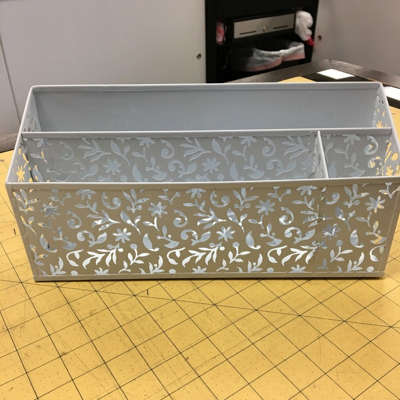 Metal Desk Caddy, White, Size: 12x4