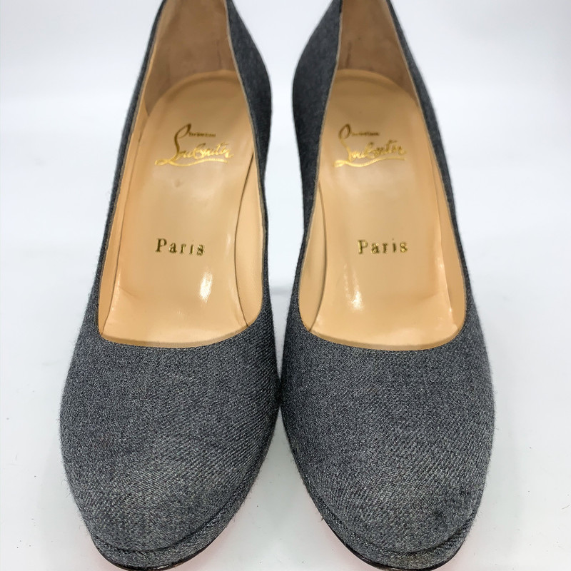 - Christian Louboutin Grey flannel material pump<br /> - Size 5